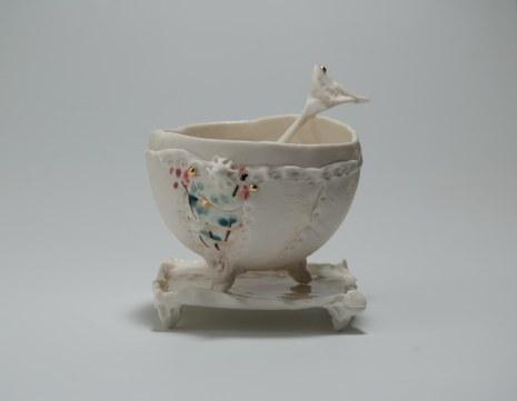 Valloma, bol porcelaine, plaque, décors engobes, or